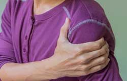 Physical Theapy / Physio for Shoulder Pain Treatment in Naples, Florida